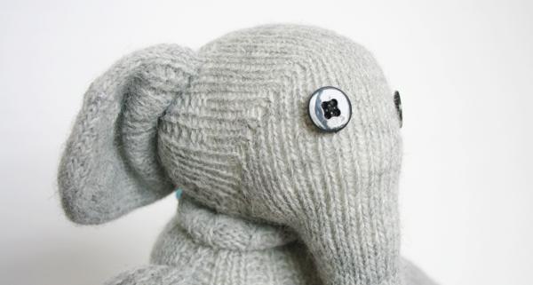 Blick in die Ferne - Socken Elefant Elly