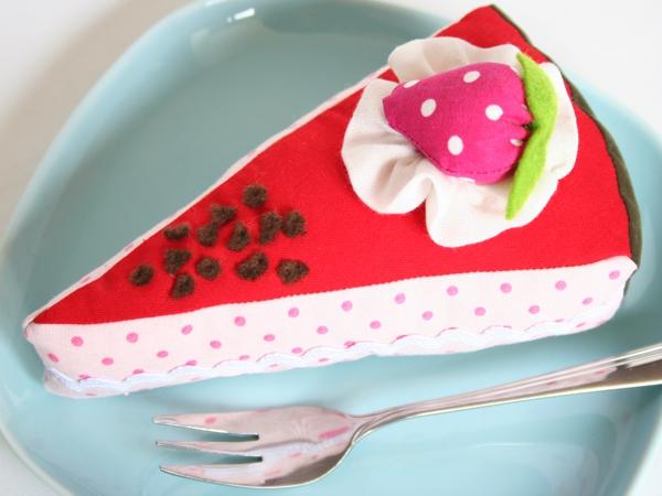 Lecker Kuchen - Kinderspielzeug selber nähen - Kaufmannsladen