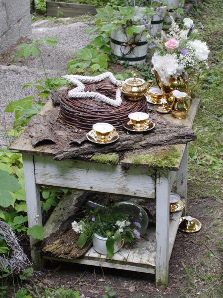 15tlg Mokkaservice - Tassenkerzen und Vase