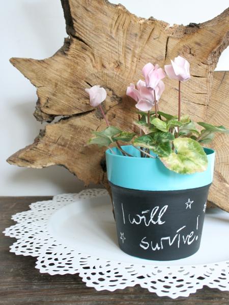Blumentopf mit Tafellack pimpen