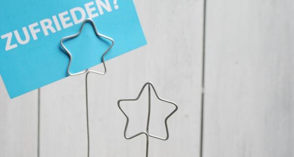 Kartenhalter in Sternform - Basteln mit Draht und Beton