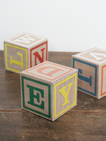 Spielklötzer als Geschenkbox selber basteln