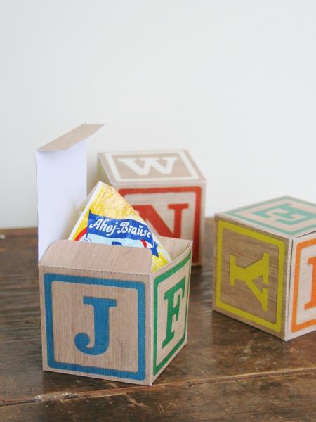 Spielwürfel als Schachtel